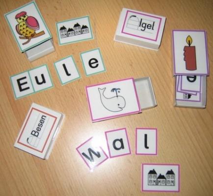 Lesedosen mit Wörterhäusern